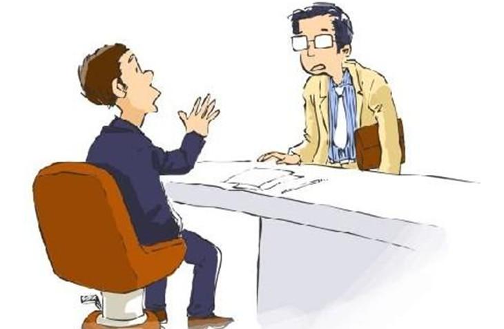 面试有长有短,有的可持续几个月,有的坐下来聊了几句就有了结果。但是前者适合公司的高级职位,我认为太长的面试周期对招聘一般员工并不合适。   在过去的十来年里我形成了自己独特的面试风格。首先,我不是很看重简历的内容,但关注这几个问题:应聘者是否频繁跳槽,是否跨行业跳槽;在一个公司做的是否长久。这很重要,因为人员不稳定对企业的影响非常大。   我认为,文凭只对工作经验不满5年的人有用。工作5年后,应聘者毕业于哪所学校、在学校里的表现如何已经不重要了(我只有高中文凭)。反应学历越高的人期望晋升的越快,不是在